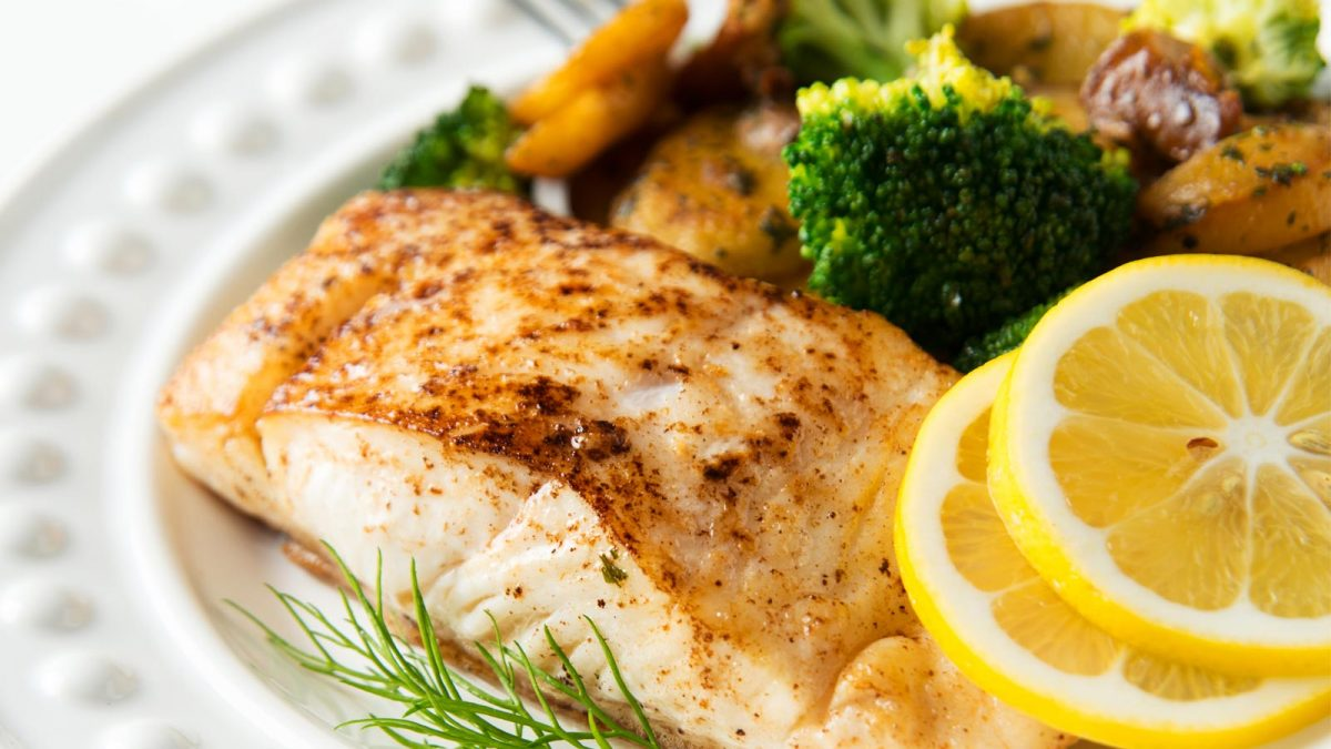 Fish and Weight Loss (Lose 11 LBS of Fat and Boost Omega-3s by 51%!)